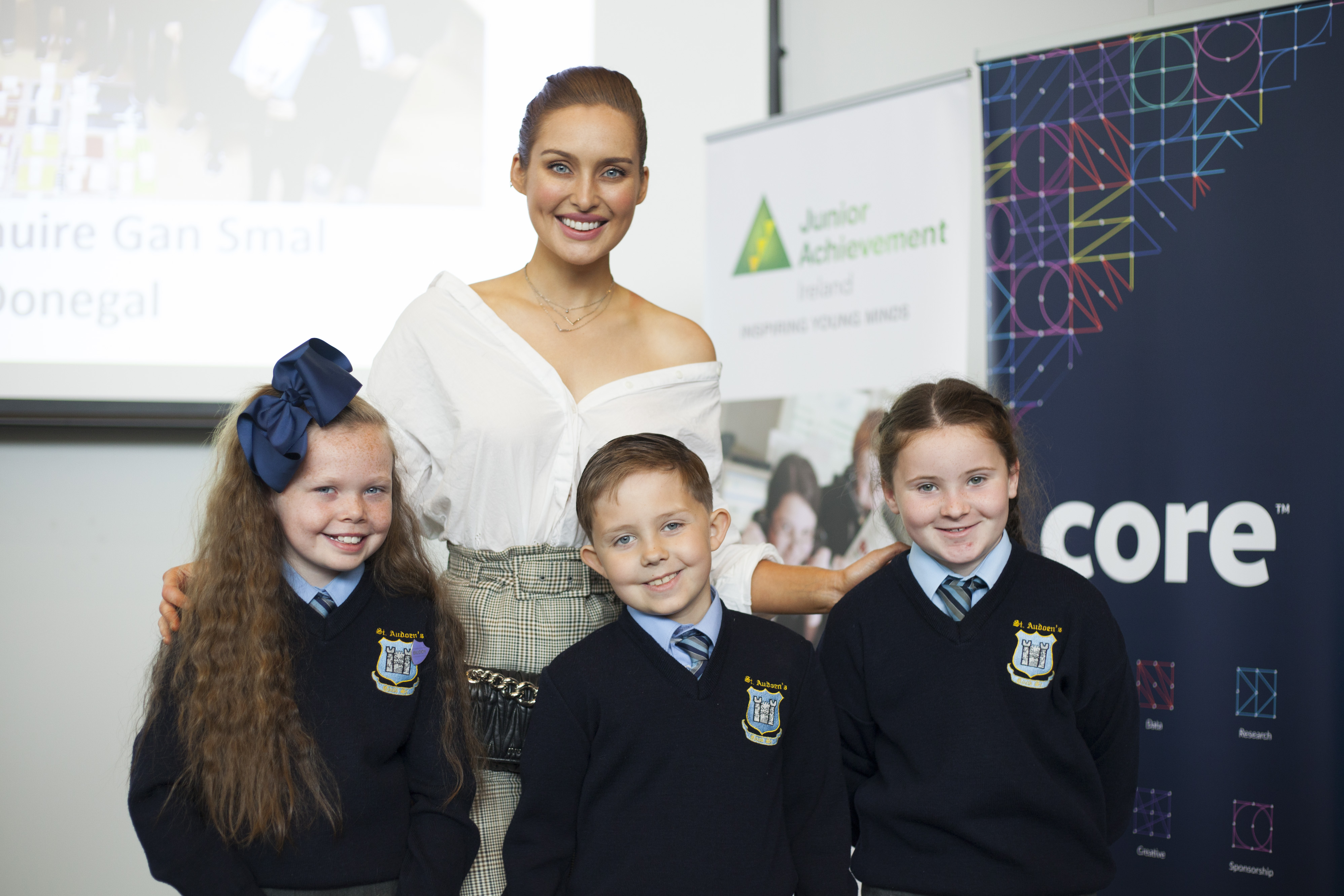 Entrepreneur Rozanna Purcell with students from St. Audoens National School